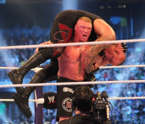 F5_on_the_Undertaker_at_WM30
